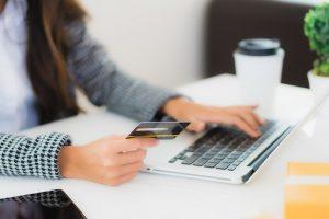 Quels sont les banques en ligne les moins chères en 2020